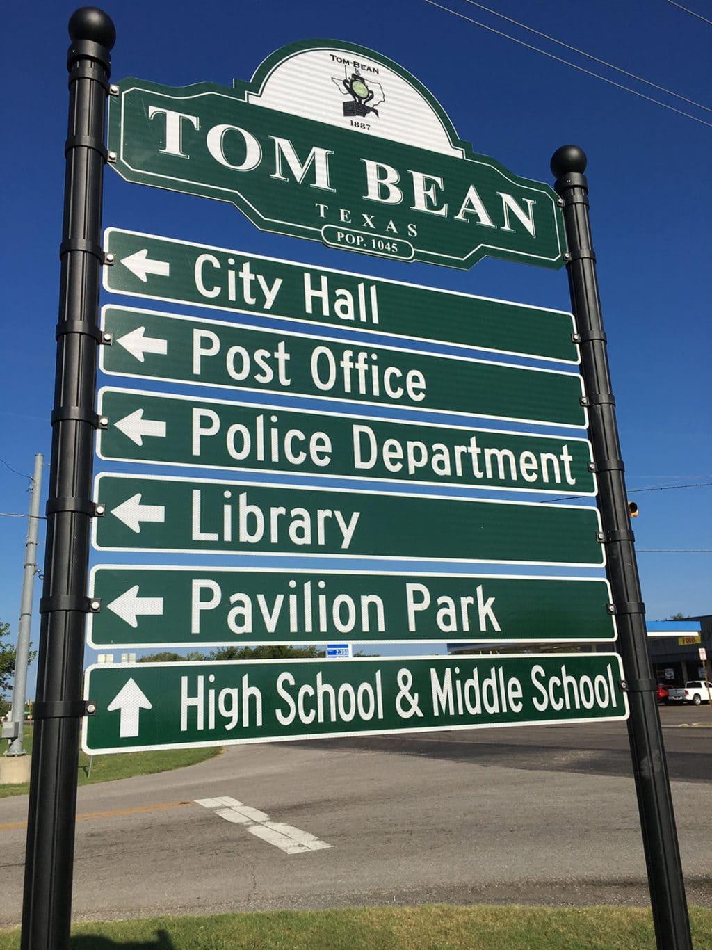 Tom Bean directional sign